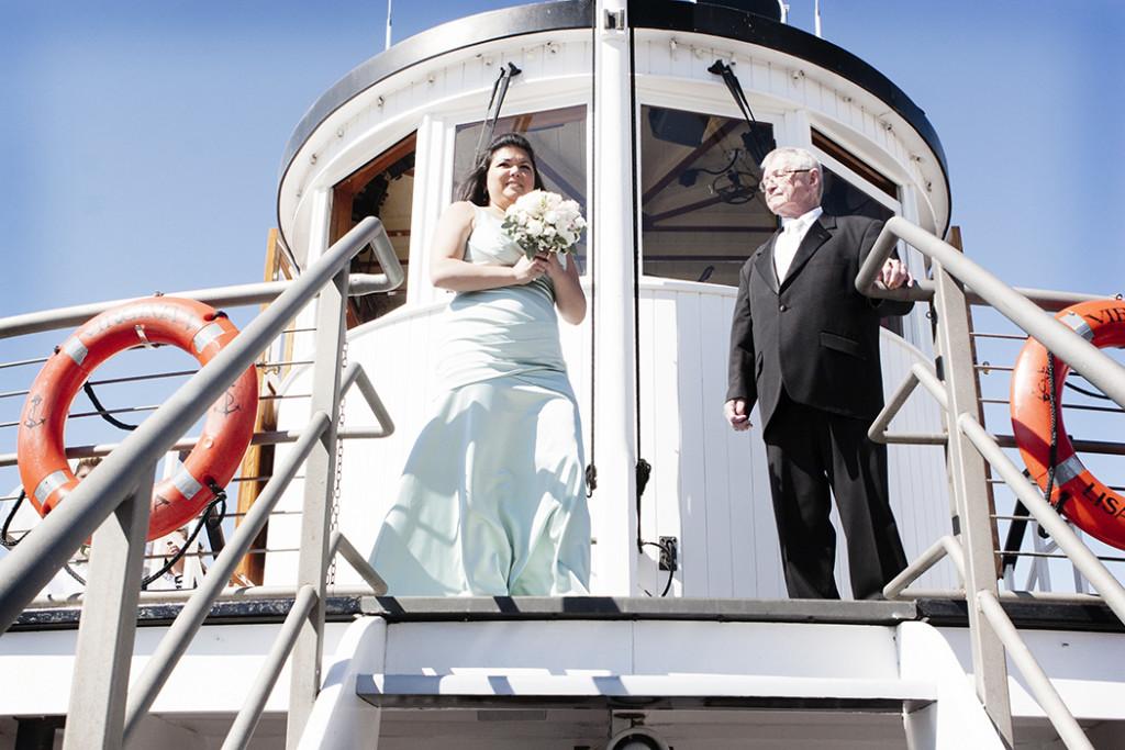Virginia V Lake Union wedding