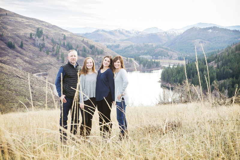 Methow Valley Family Portraits at Sun Mountain