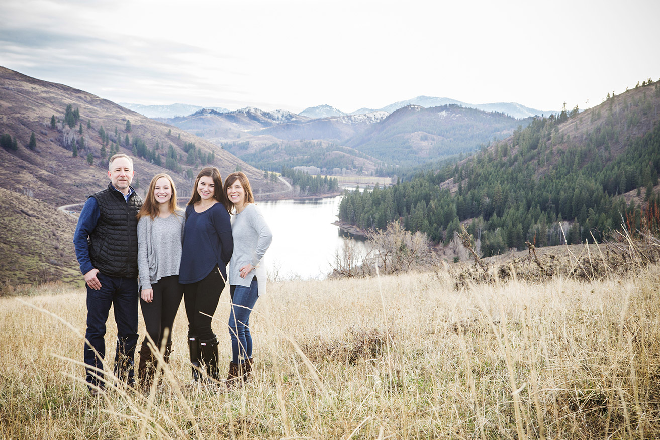 Family Photographer Winthrop Washington