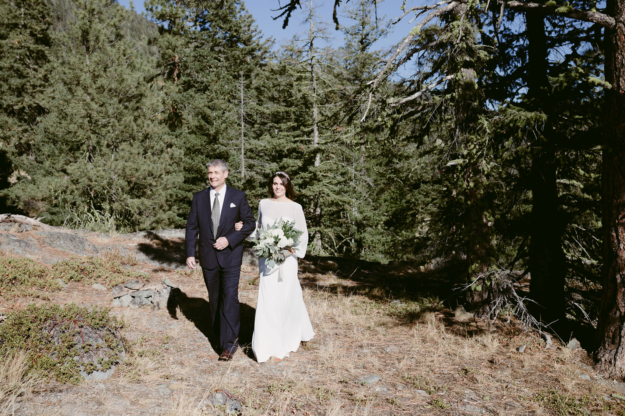 Bride and Groom Elope on Mountain