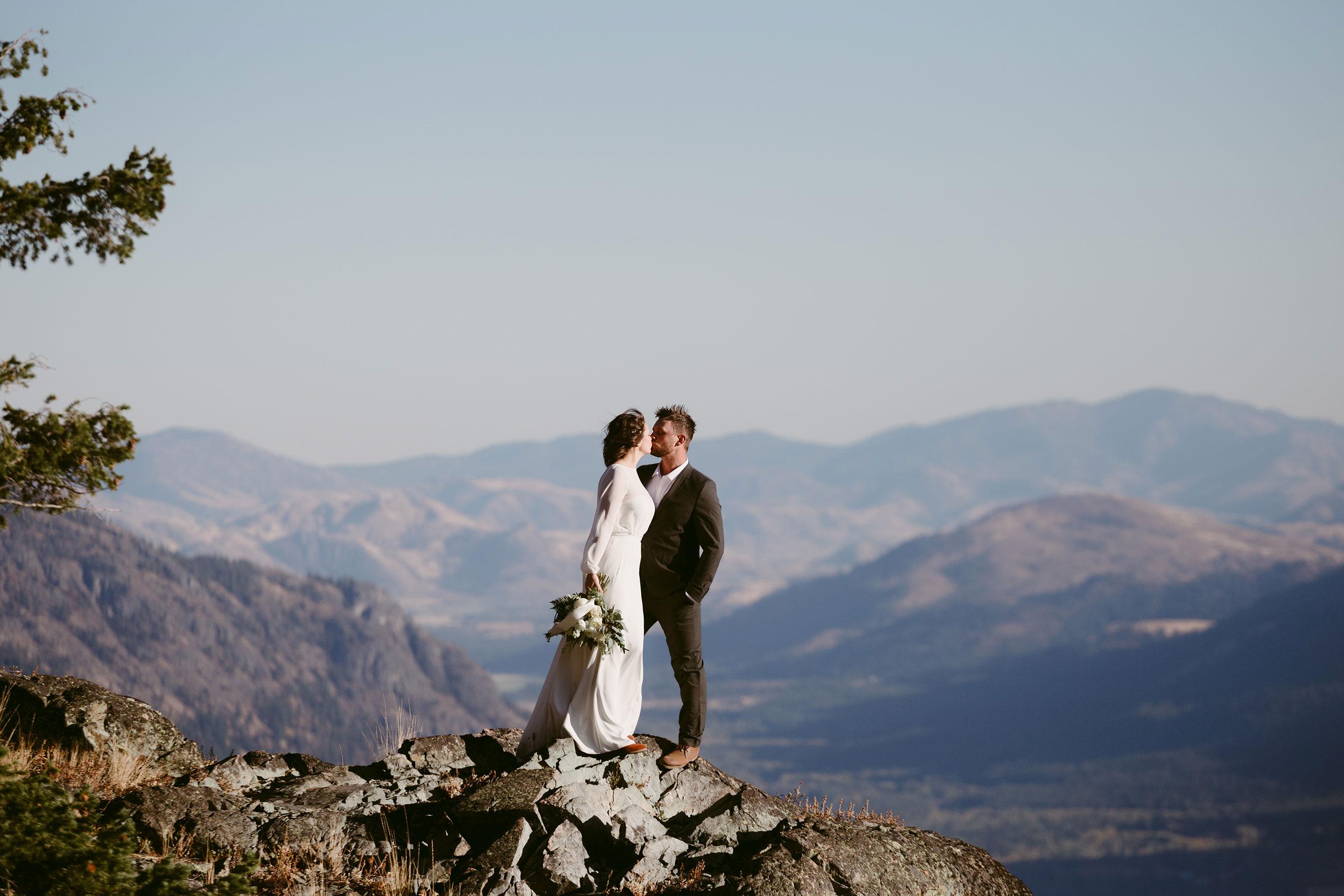Mountain elopement Mazama Wa