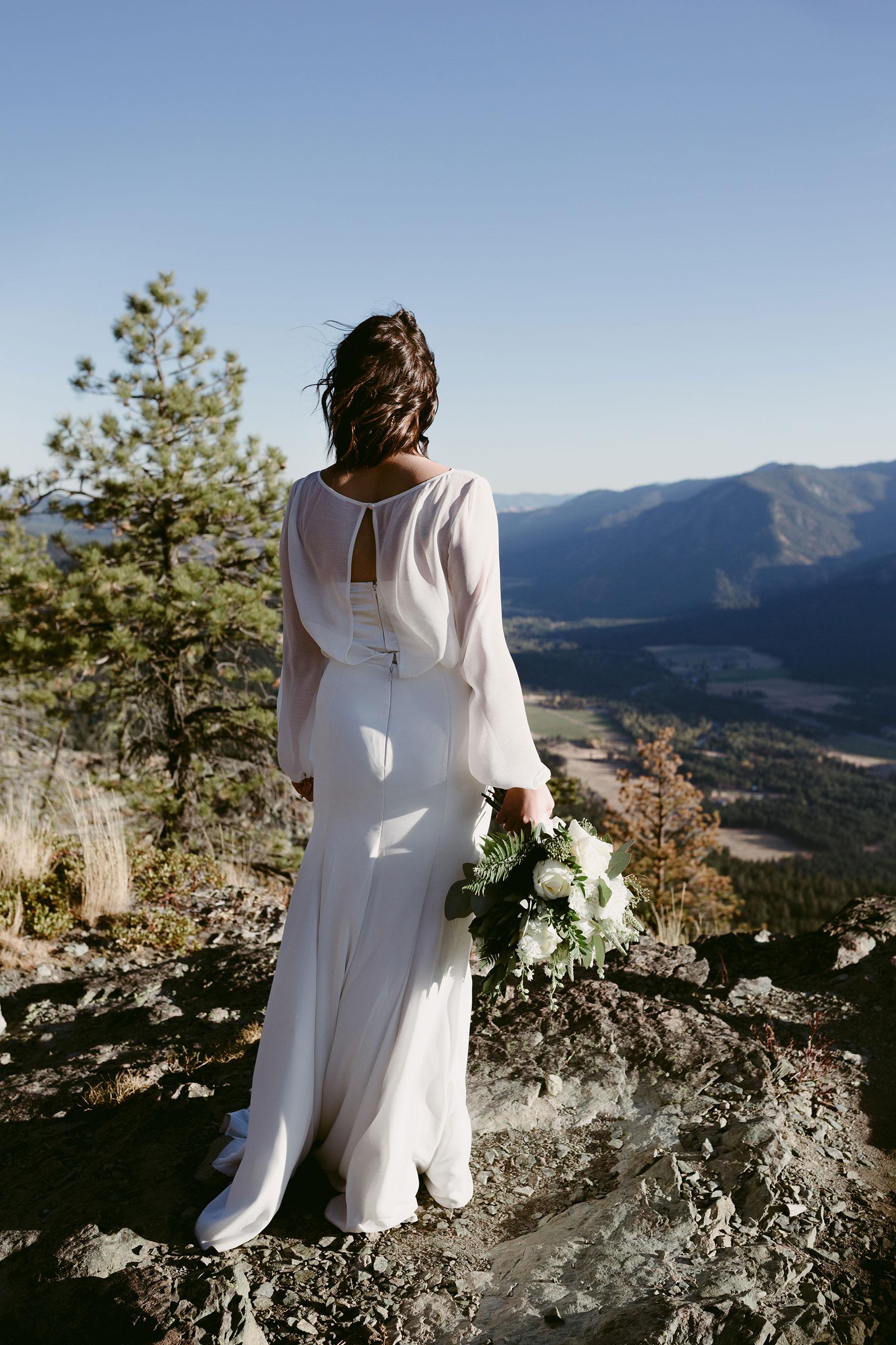 Bride overlooking mountains winthrop wa