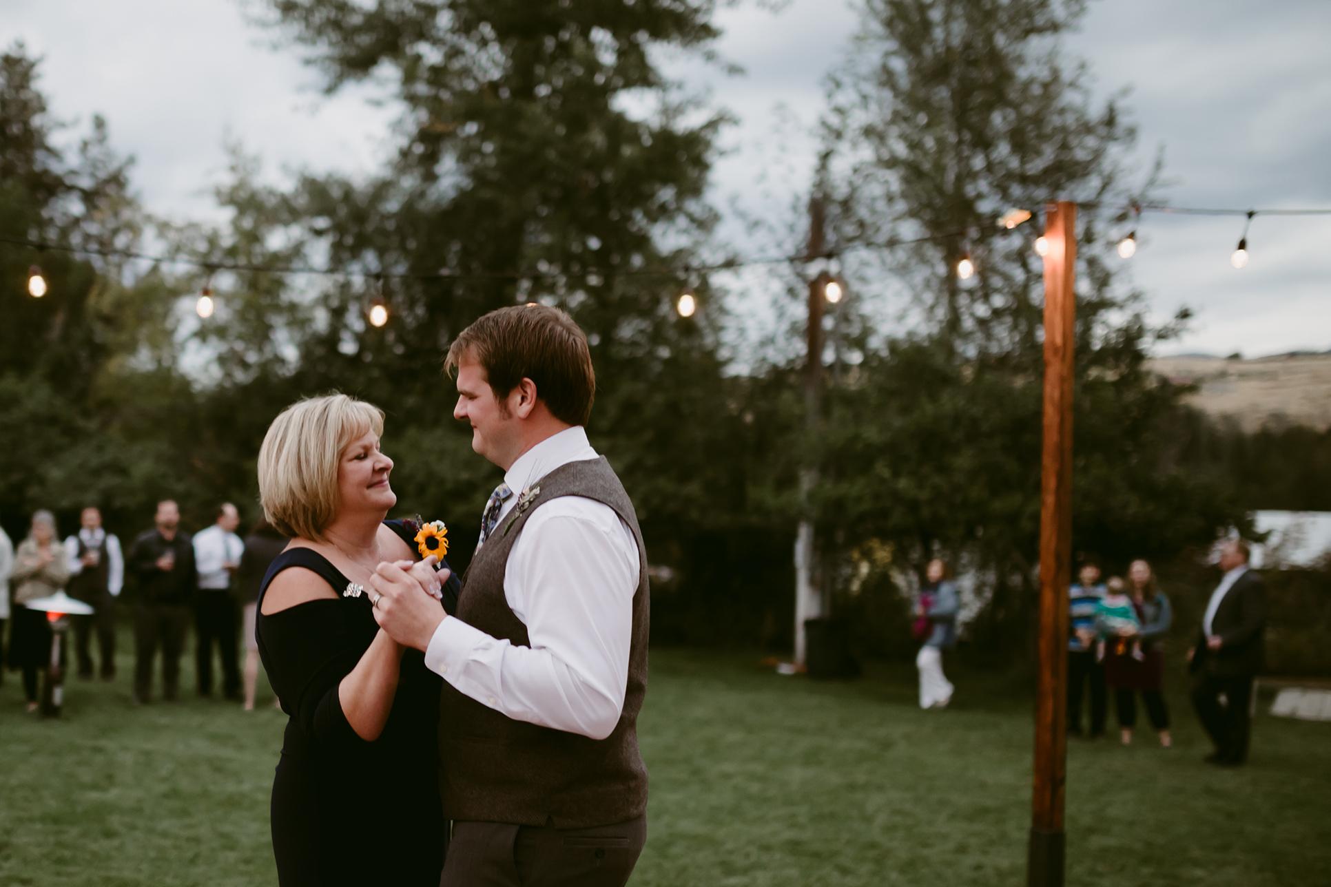 Mother Son Dance Spring Creek Ranch Winthrop Wa Wedding