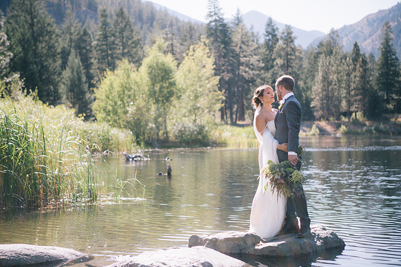 Lakeside wedding methow valley wedding