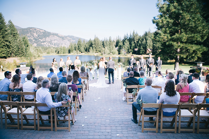 Freestone Inn wedding ceremony