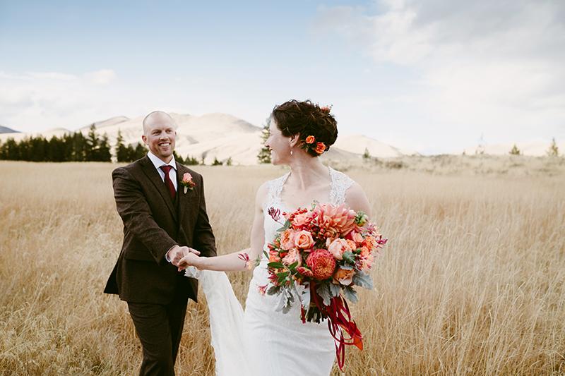 Fall wedding winthrop wa