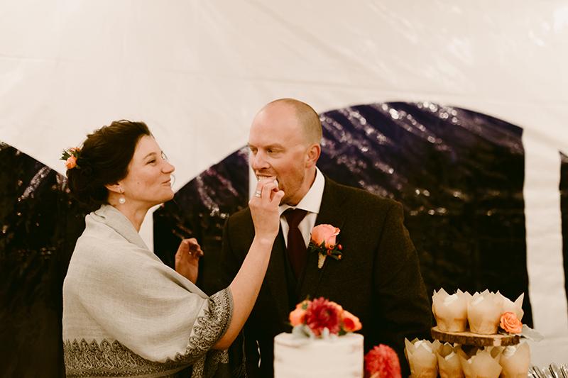 Fall wedding cake cutting